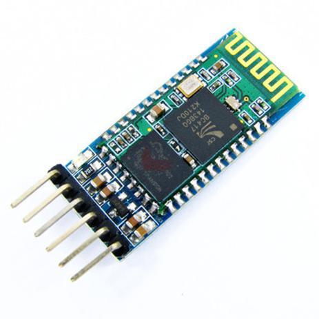 Modulo bluetooth arduino sendo representado acima de um fundo branco