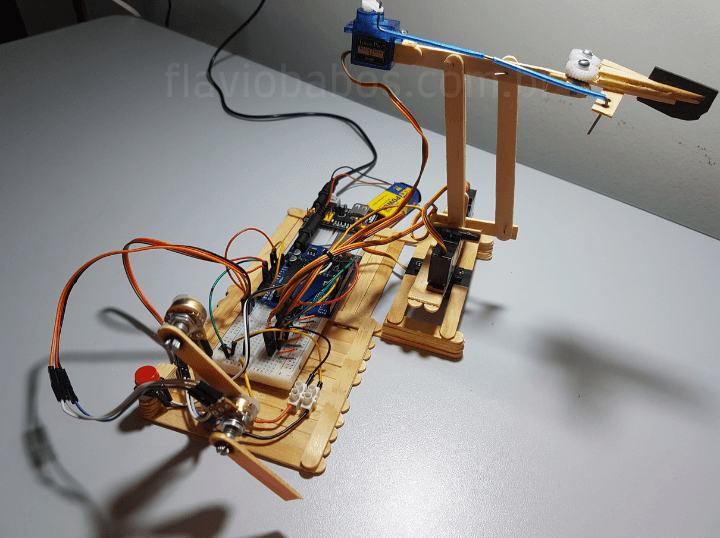 Braço robotico arduino projeto final