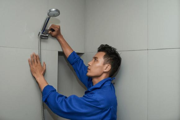 Não aterre o chuveiro através do neutro pode gerar choque eletrico na hora do banho