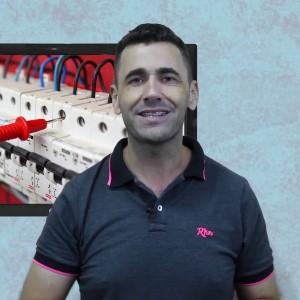 Ricardo Serpa Instrutor do Curso de Eletricista